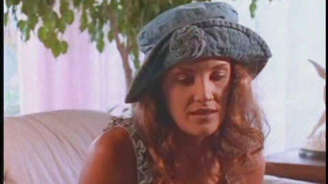 Jeanna Fine sexo con viejitas gratis follada por hermafrodita