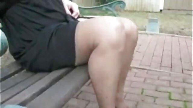 Chica aficionada enmascarada follando video viejitas fallando